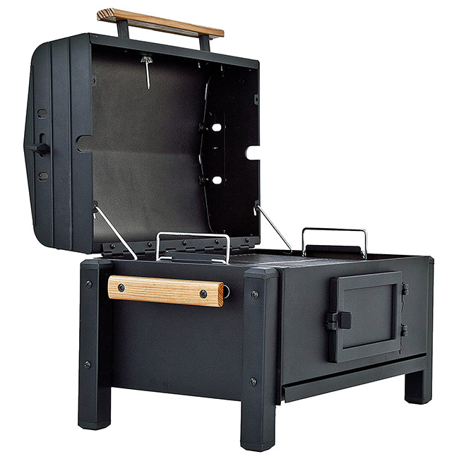 Char-Broil Portable CB500X Charcoal Grill Opened